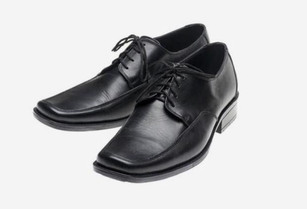 أحذية كلاسيك